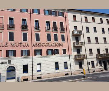 Studio del Dott. Stefano Ira - Verona: Foto 10